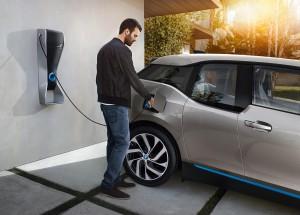 2014-bmw-i3-charging-station
